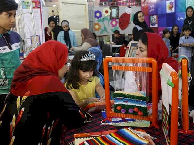 نقش آموزش صنایعدستی و هنرهای سنتی در شکوفایی استعداد کودکان و نوجوانان