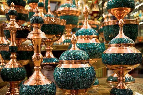 گسترش فروش صنایع دستی اصفهان در فضای مجازی ضروری است