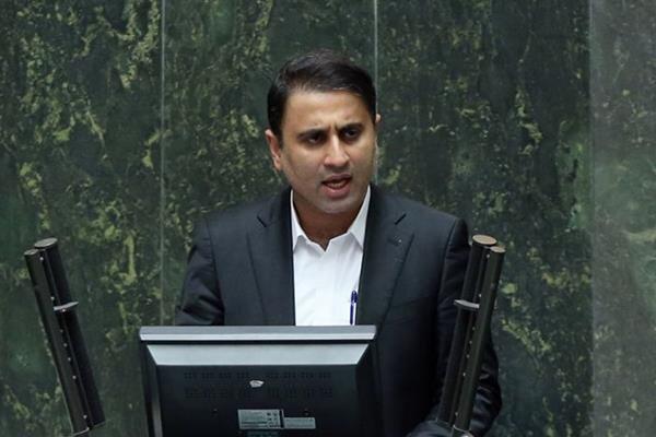 سعیدی: ضرغامی مناسب وزارت گردشگری نیست