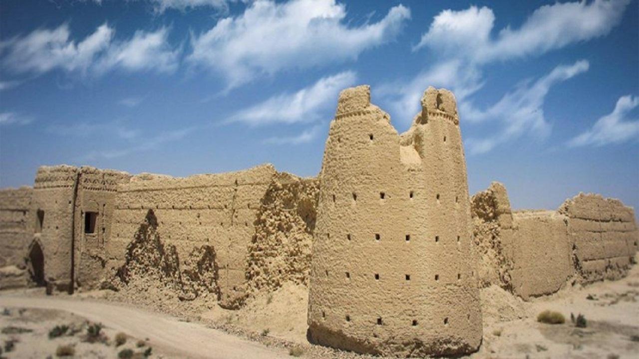 استان سمنان ظرفیت ایجاد «پایگاه قلعههای تاریخی» دارد