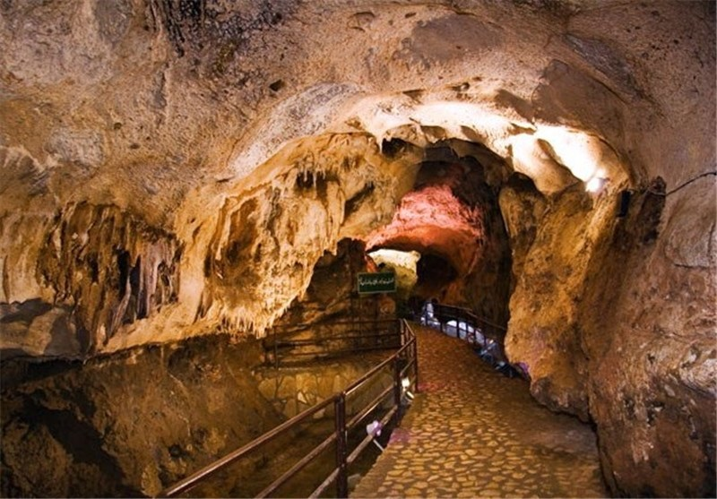 چنبره وعدههای توخالی بر بزرگترین غار آبی آسیا