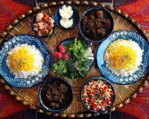 گردشگر خوراک برای تجربه طعم و آشنایی با فرهنگ و آیین غذا سفر میکند