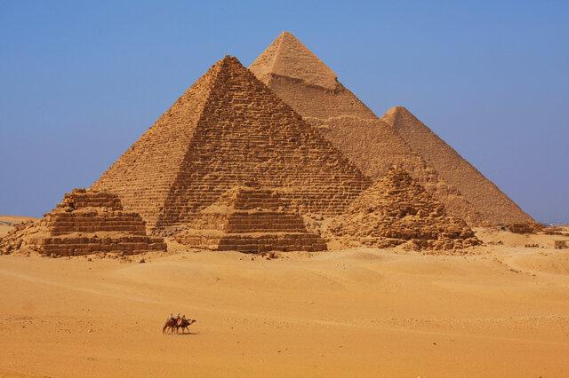 گردشگران به مصر بازمیگردند