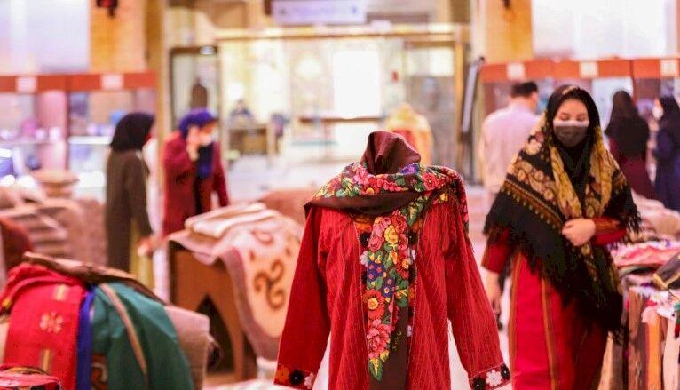 برگزاری نمایشگاه دستآفریدههای صنایعدستی آلتین چاغی ترکمن