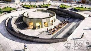 موزهای به بلندای تاریخ در میدان مرکزی همدان